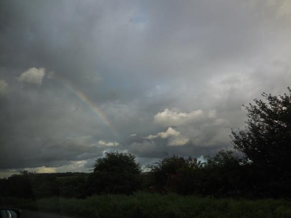 エーブベリー帰りの虹